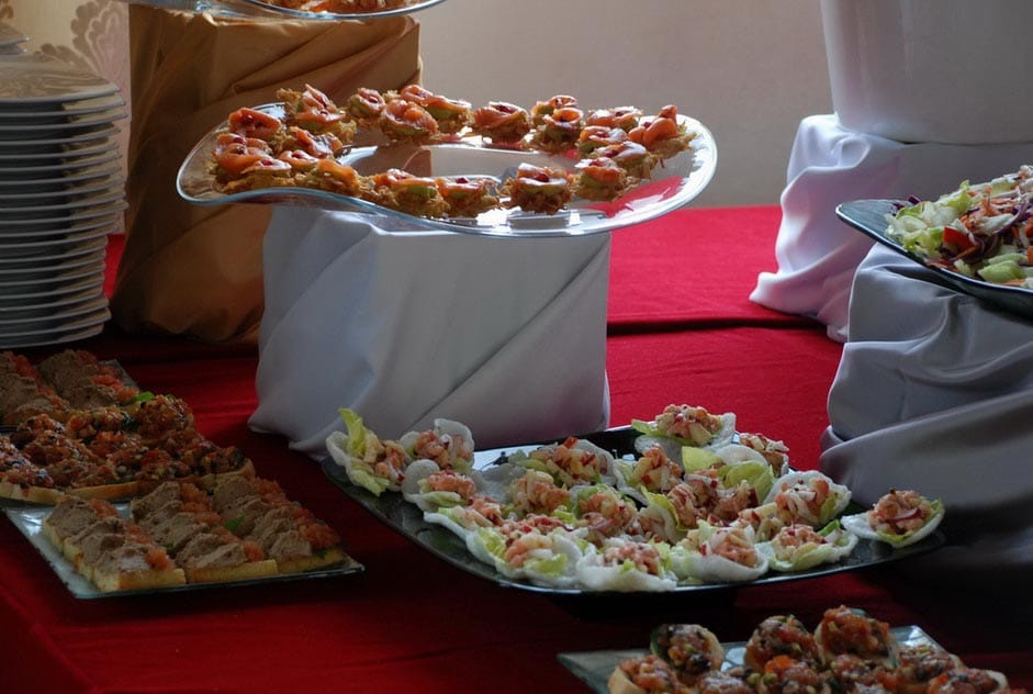 Aranjament masa evenimente- Salt and Pepper Catering Bucuresti