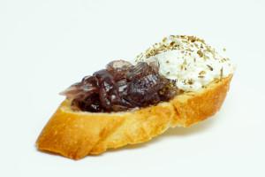 bruscheta cu ceapa caramelizata catering bucuresti