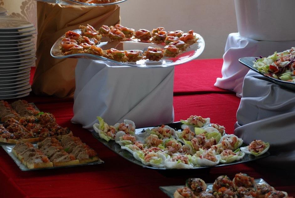 Aranjament masa evenimente- Salt and Pepper Catering Bucuresti