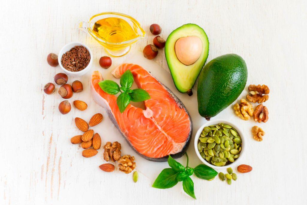mese sănătoase în timp ce încearcă să piardă în greutate